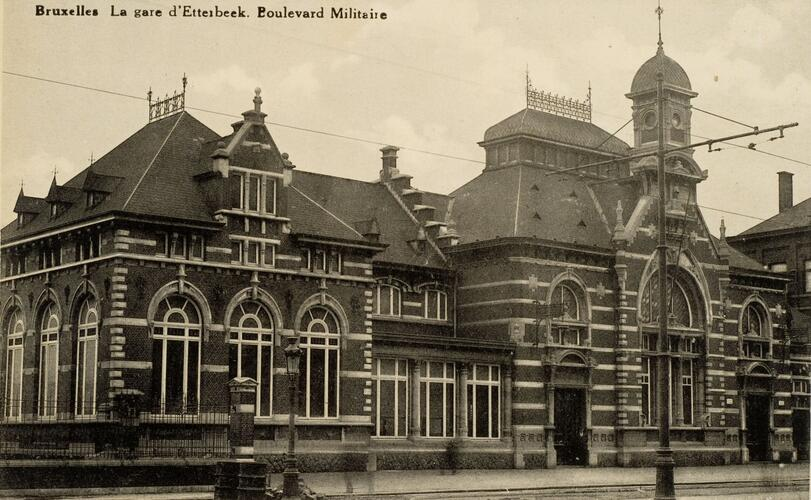 Elsene station van etterbeek generaal jacqueslaan 265 for Architecture flamande