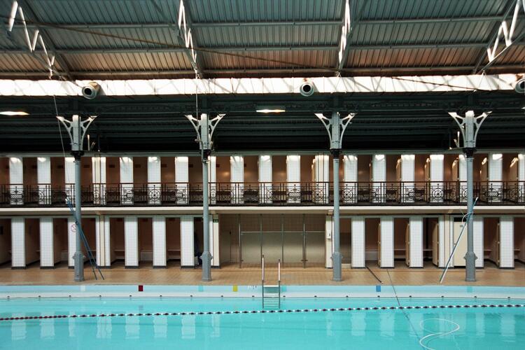 Ixelles piscine communale d ixelles rue de la natation for Piscine universitaire