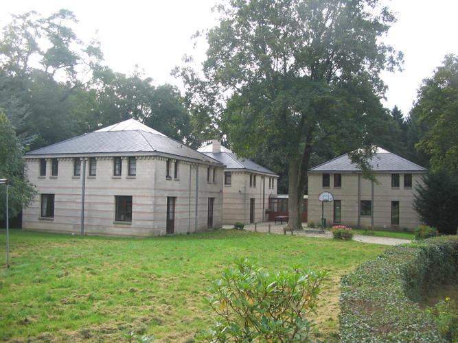 Woluwe saint pierre parc edmond parmentier for Entretien jardin woluwe