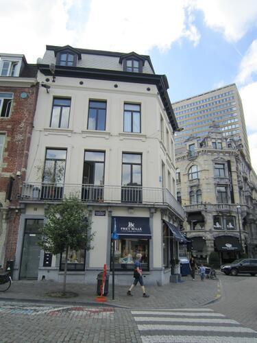 Place du Grand Sablon 44-45, rue des Minimes 2, 2015