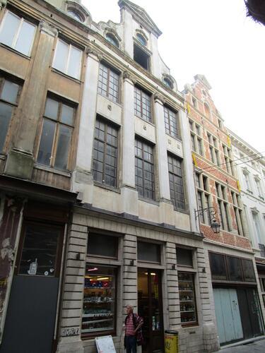 Rue des Chapeliers 19, 2015
