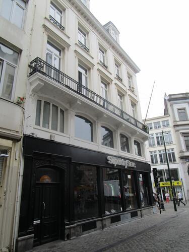 Rue de la Colline 1-3, 2015