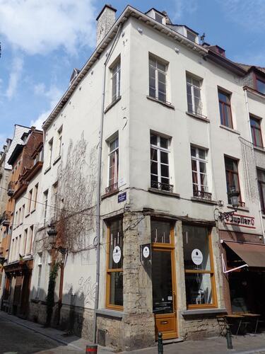 Rue du Marché au Charbon 75, 2015