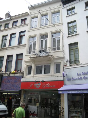 Rue du Marché aux Herbes 31, 2015