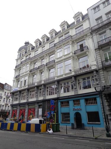 Rue Antoine Dansaert 2-2A-4-6-8, 2015
