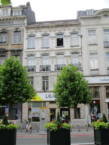 Place De Brouckère 48-48b, 2015