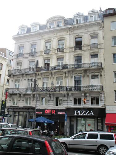Boulevard Emile Jacqmain 76, 78-80, 82-84, 2015