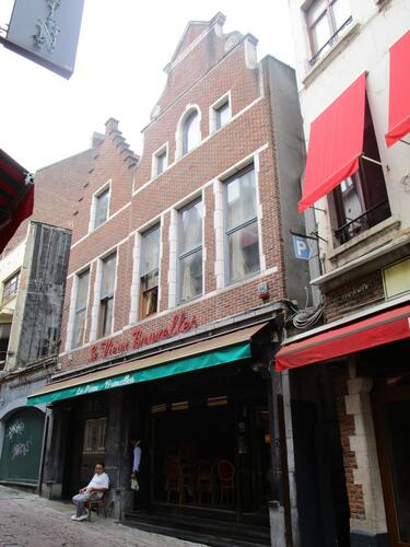 Rue des Bouchers 33, 2015