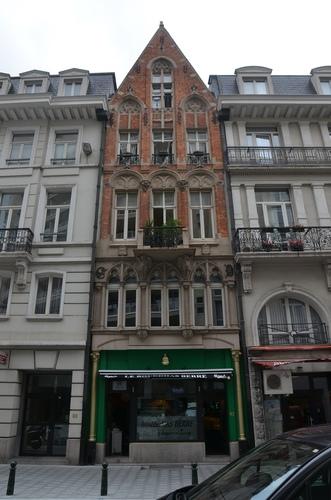 Rue de l'Enseignement 92, 2015