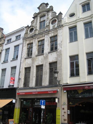 Rue du Marché aux Herbes 48, 2015