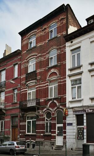 Rue John Waterloo Wilson 42