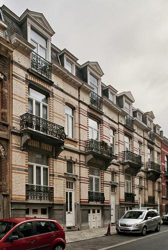 Rue Van Ostade 34 à 40 (photo 2010).