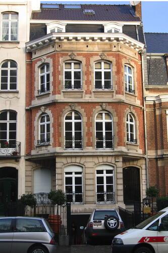 Avenue Lloyd George 16, 2005