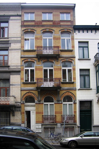 Rue Vilain XIIII 25, 2005