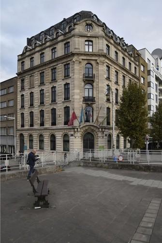 Square Sainctelette 17 – quai des Péniches 1, ARCHistory / APEB, 2017