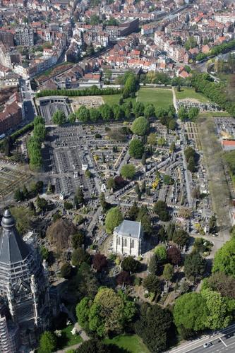 Vue aérienne du cimetière de Laeken, entre 2009 et 2012, (Schmitt-GlobalView © SPRB)
