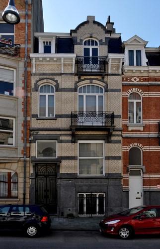 Rue Léon Frédéric 25, 2011