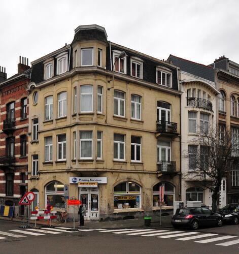 Rue Rasson 70 - avenue Milcamps 44, 46, 2011