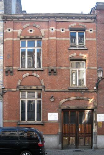 Rue Goossens 17, ancienne conciergerie de la salle des fêtes du Patronage Saint-Servais, 2011