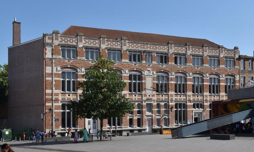 Rue Gaucheret 124a et place Gaucheret 1-1a, École communale no8, corps à rue, façade à rue, 2016