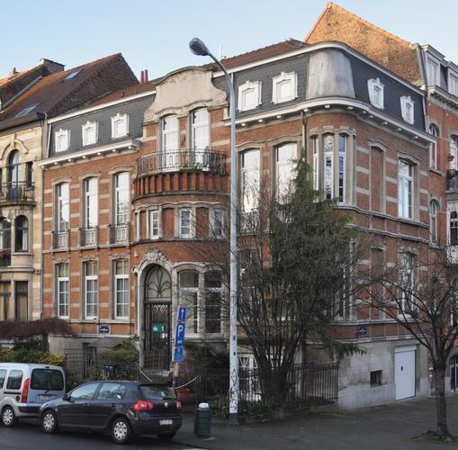 Square François Riga 1, 2012