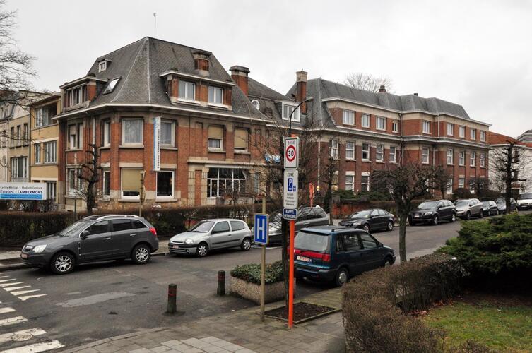 Rue des Pensées 1-5, 2012