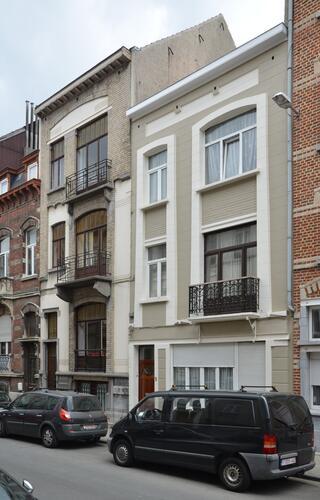 Rue Albert de Latour 7 et 3-5, 2012