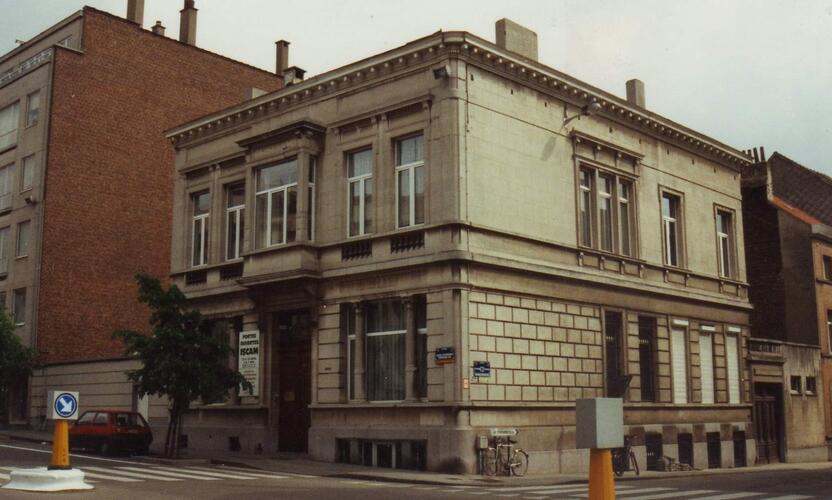 Avenue d'Auderghem 158 au coin de la chaussée Saint-Pierre, 1994