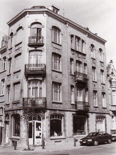 Rue des Boers 52a au coin de la rue Champ du Roi, 1993