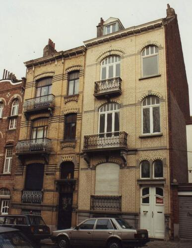 Rue de Gerlache 5 (à droite) et 7, 1994