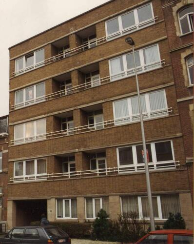 Avenue Edouard Lacomblé 17, 1993
