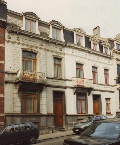 Rue Jonniaux 26 et (à droite) 28, 1994