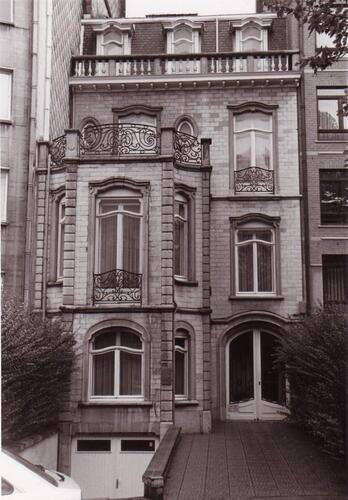 Boulevard Louis Schmidt 111, 1994