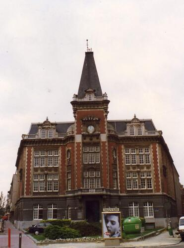 Institut technique Ernest Richard, 1993