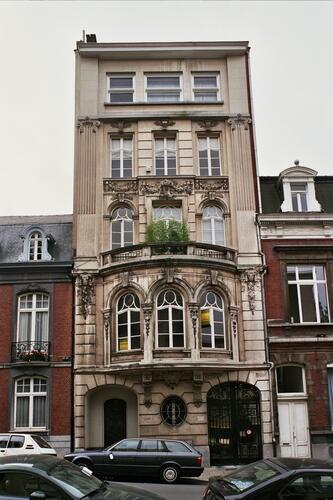 Rue Américaine 215, 2005