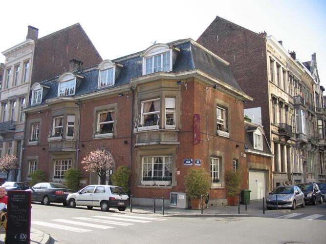 Rue du Châtelain 25 – 147 rue de Livourne, 2005