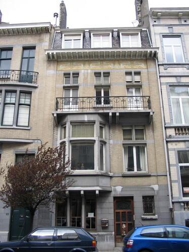 Rue du Châtelain 63