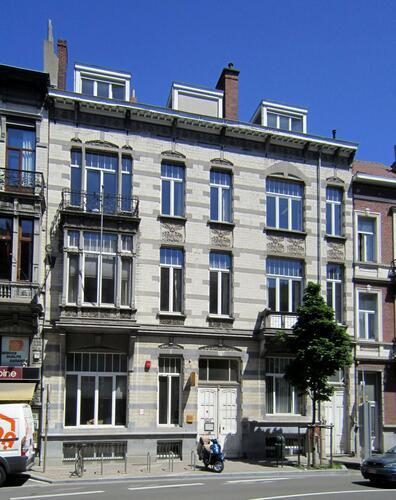 Avenue de la Couronne 88 et 90, 2011
