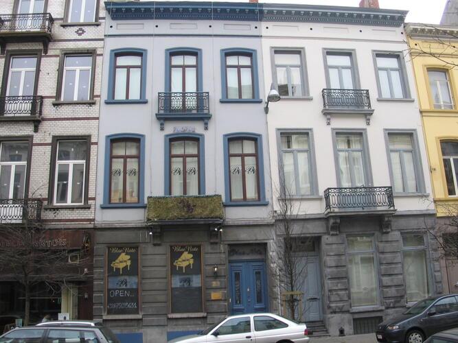 Rue Defacqz 32 et 34, 2005
