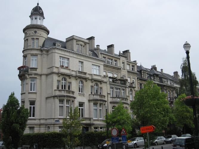Avenue Guillaume Macau 4, 6, 8
