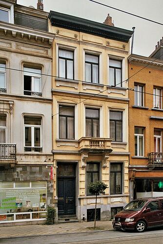 Rue Lesbroussart 15, 2009