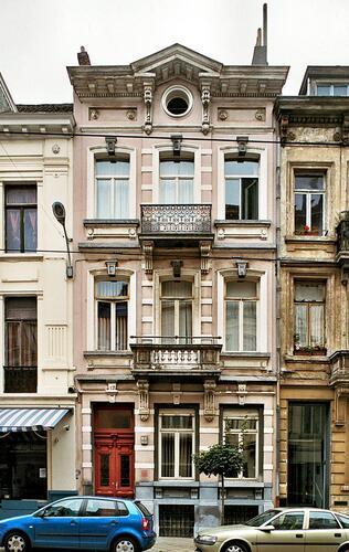 Rue Lesbroussart 89, 2009