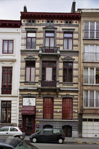 Rue de Livourne 37, 2005