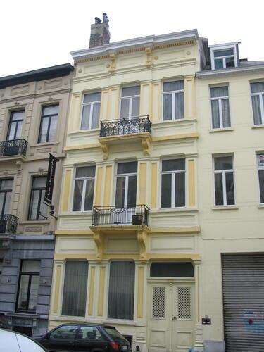 Rue de Livourne 85