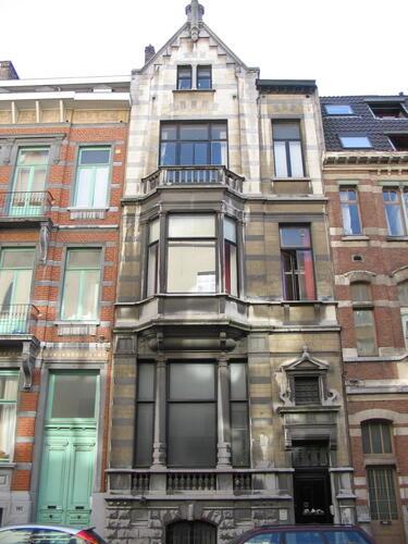 Rue de Livourne 139, 2005