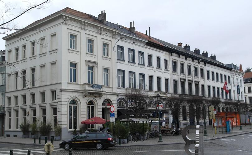 Ensemble de maisons néoclassiques