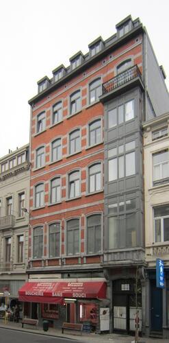 Rue Malibran 68-70-72, 2011