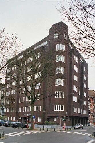 Avenue Molière 208-210 – 29 rue Jean Stallaert, 2007