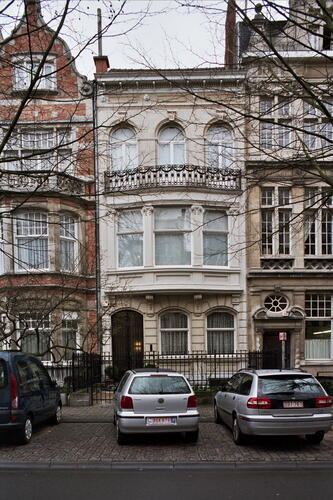 Avenue Molière 228, 2007
