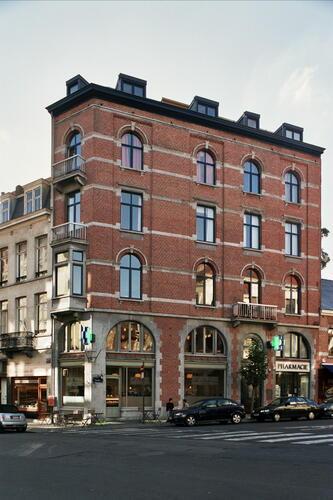 Rue Saint-Georges 2, 2005